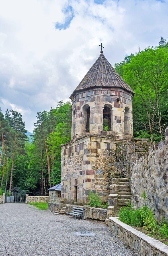 La torre de alarma vieja imagenes de archivo