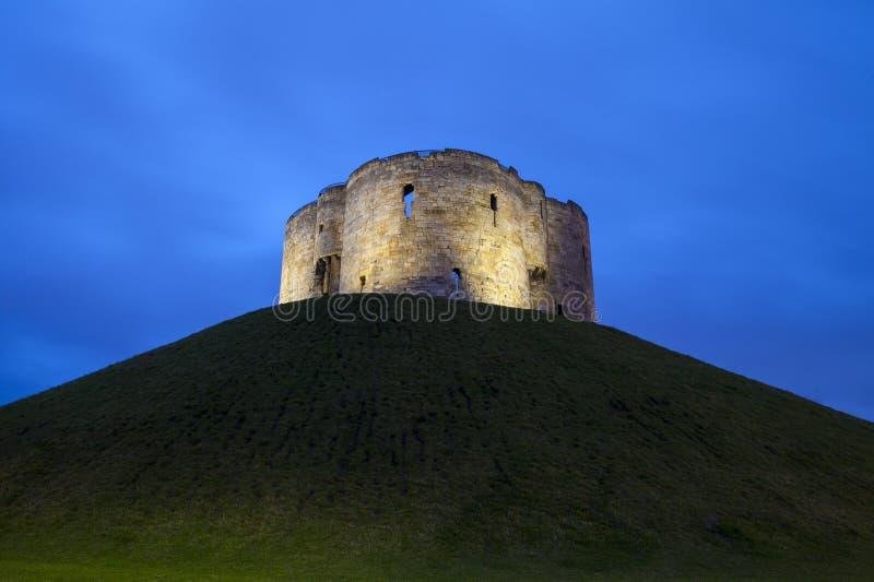 La torre de Clifford en York imagen de archivo libre de regalías
