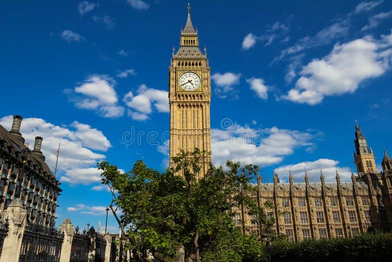 La torre de reloj de Big Ben en Londres, Reino Unido fotografía de archivo libre de regalías