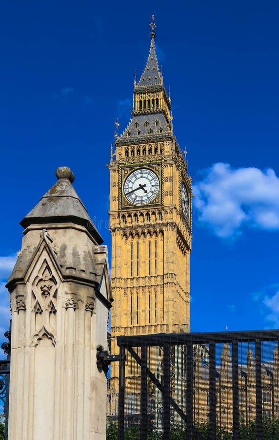 La torre de reloj de Big Ben en Londres, Reino Unido imagen de archivo