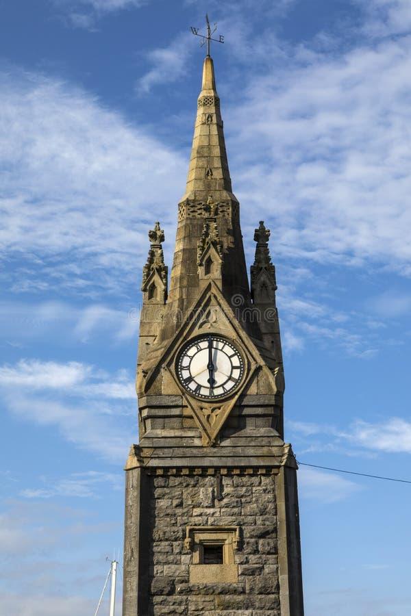 La torre de reloj en Waterford imagenes de archivo