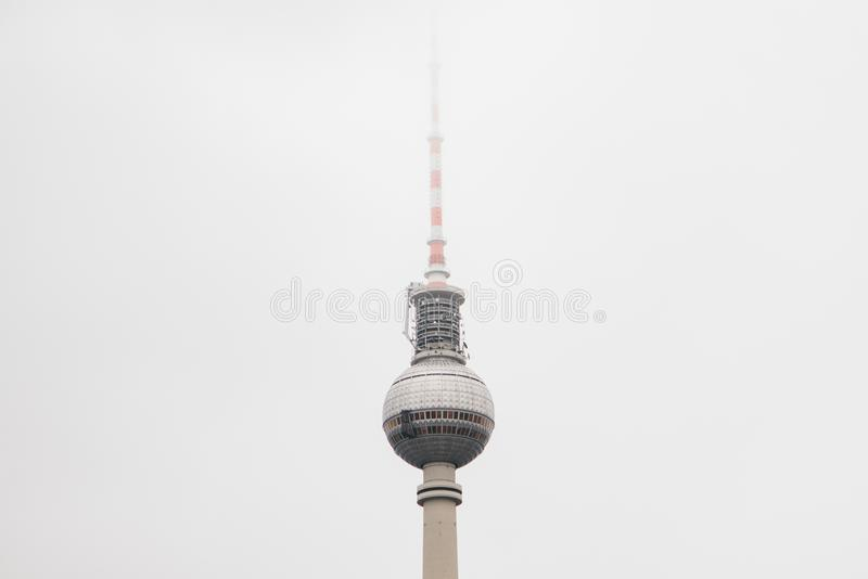 La torre de la televisión en Berlín imagenes de archivo