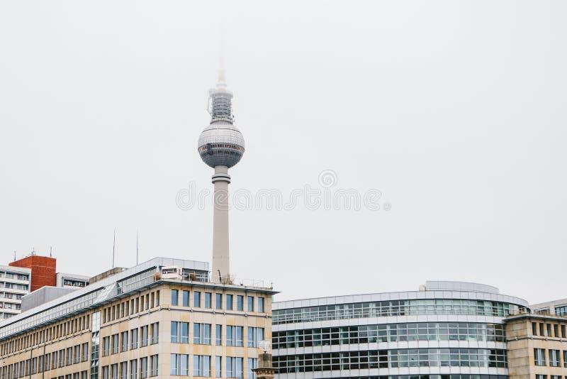 La torre de la televisión en Berlín foto de archivo