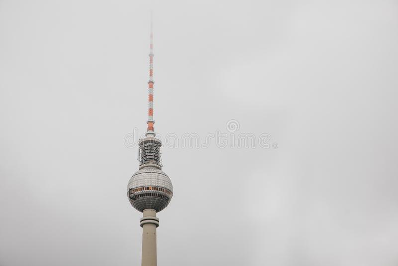 La torre de la televisión en Berlín imagen de archivo