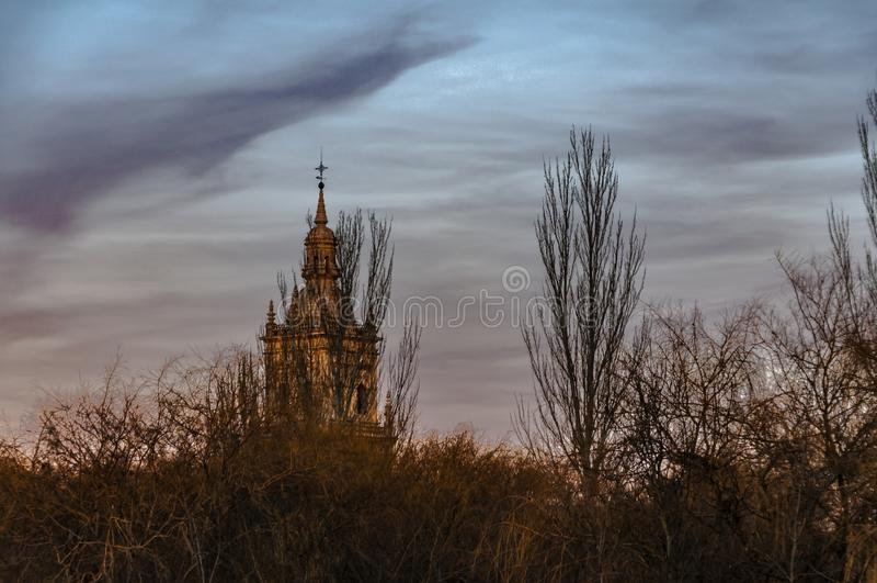 La torre del bosque Burgo de Osma, Espa?a imagen de archivo
