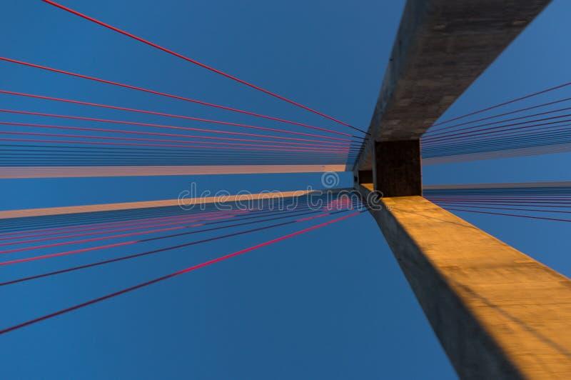 La torre del ponte strallato fotografia stock