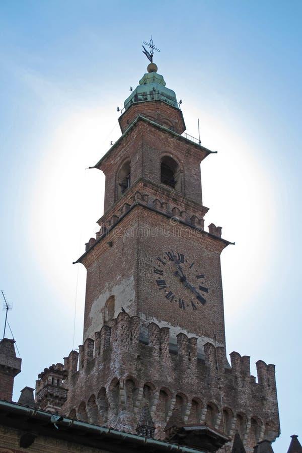 La torre di Bramante nella piazza Ducale in Vigevano, Italia fotografia stock