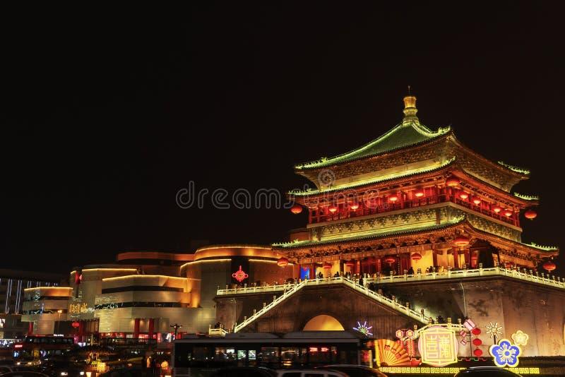 La torre di orologio alla notte fotografia stock