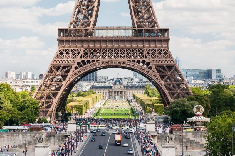 La torre Eiffel en París Francia foto de archivo libre de regalías