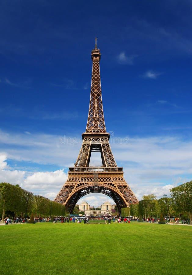 La Torre Eiffel a Parigi fotografie stock