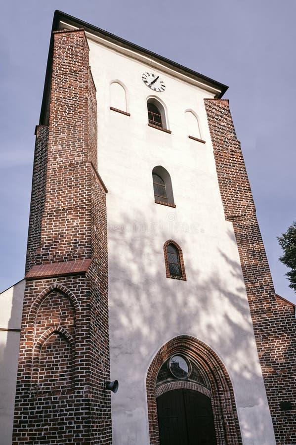 La torre medieval de ladrillos imagen de archivo