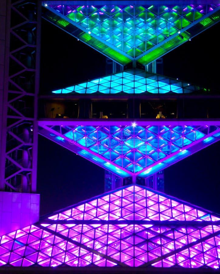 La torre multifuncional olímpica del estudio imagen de archivo
