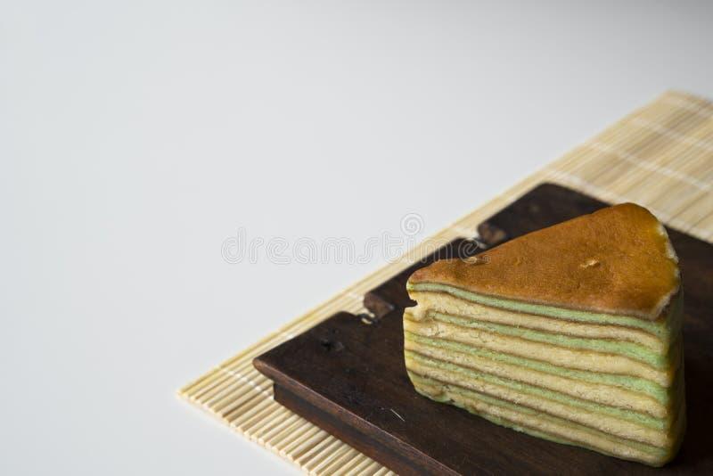 La torta acodada multi llamó 'legit del lapislázuli 'o el 'spekkoek 'de Indonesia imagenes de archivo