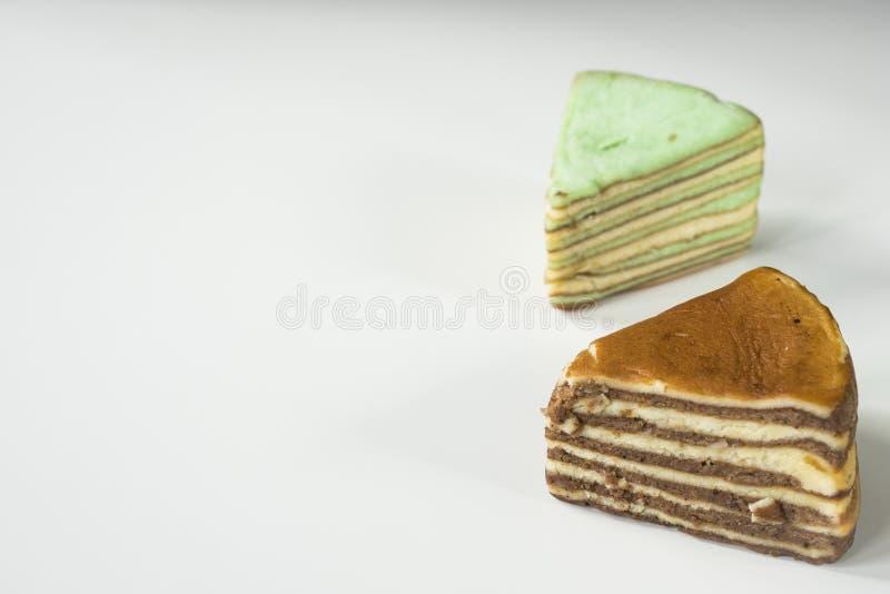 La torta acodada multi llamó 'legit del lapislázuli 'o el 'spekkoek 'de Indonesia fotografía de archivo