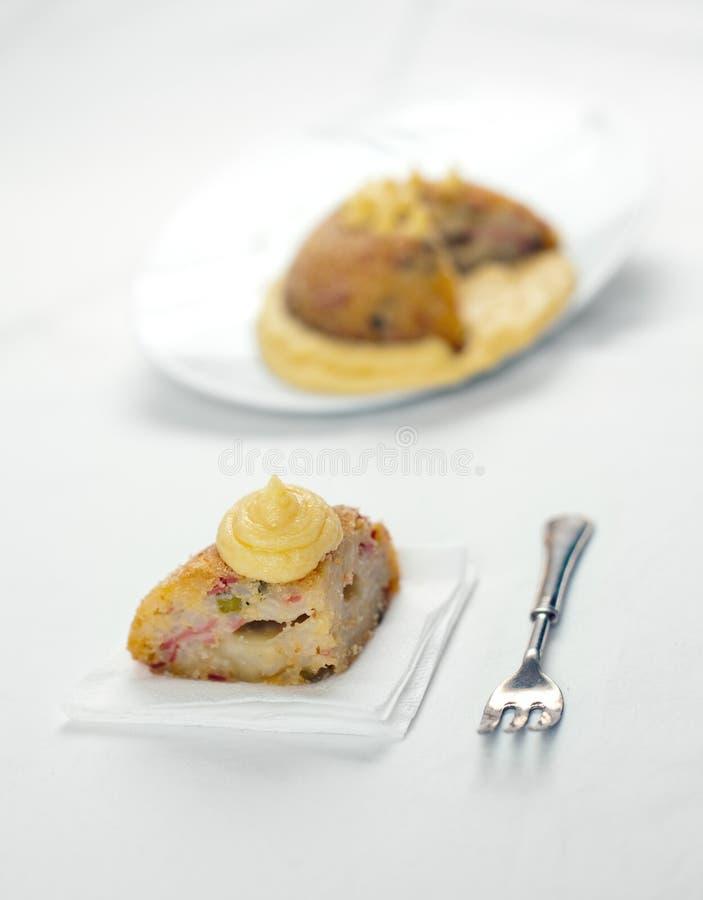La torta de arroz salada italiana nombró a Sartu di Riso