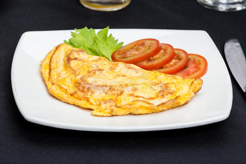 La tortilla eggs el desayuno foto de archivo