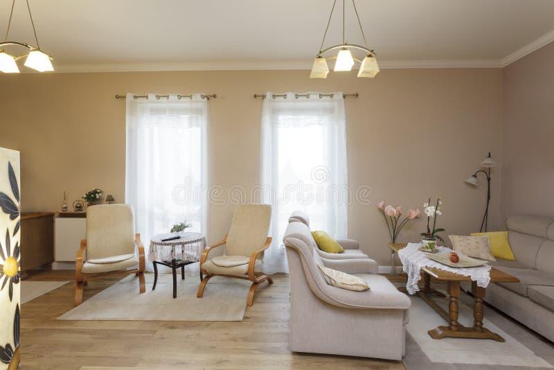 la toscane salon classique photo stock image du contemporain italie 30540978. Black Bedroom Furniture Sets. Home Design Ideas