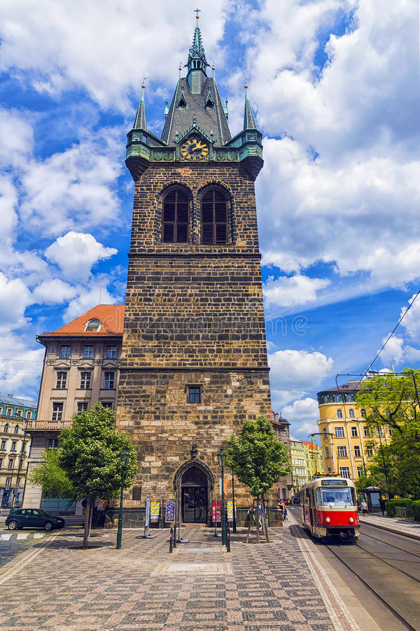 La tour de cloche de l'église Roman Emperor Saint Henry saint II a photographie stock libre de droits