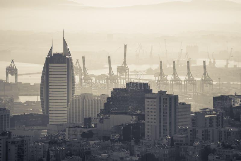 La tour de voile à Haïfa images stock