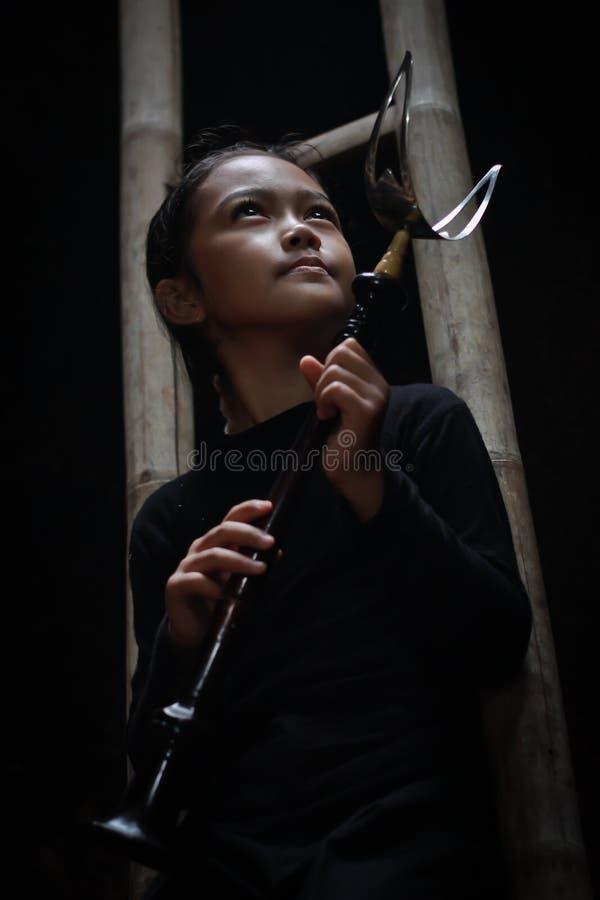 La trompette traditionnelle indonésienne du sundanese images stock