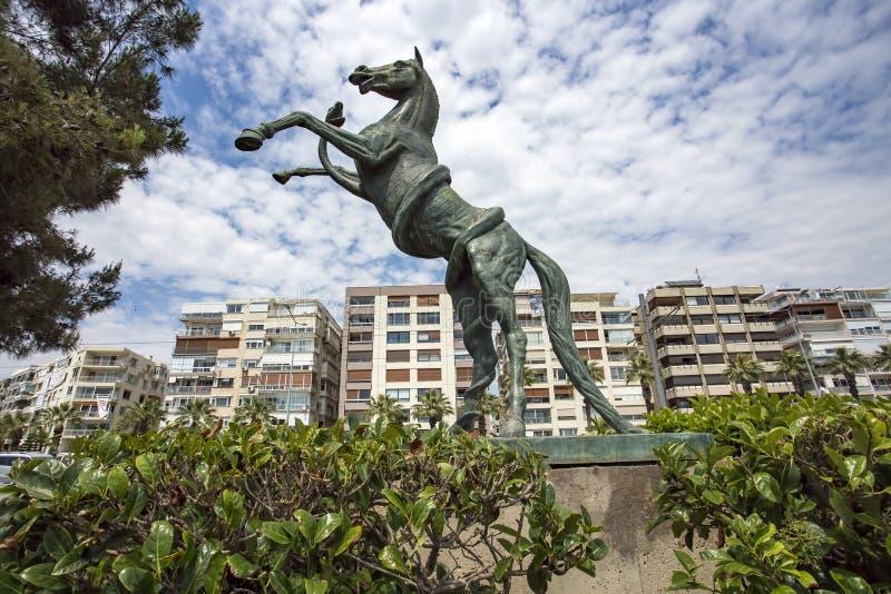 La Turchia/vista della scultura cavallo Bostanli/di Karsiyaka Foto di viaggio fotografie stock