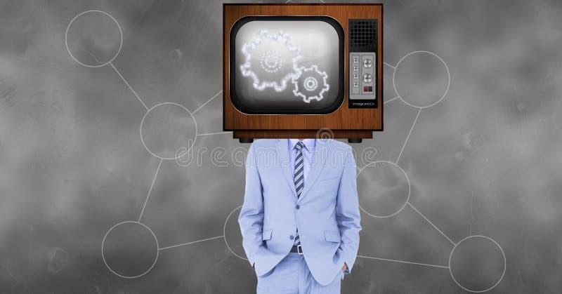La TV sulla visualizzazione capa del ` s dell'uomo d'affari innesta fotografia stock libera da diritti