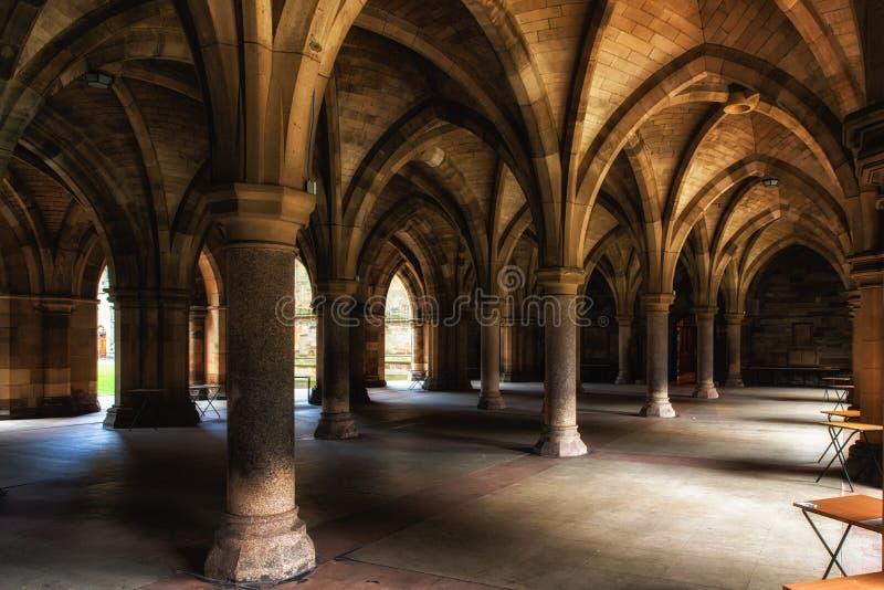 La universidad de Glasgow Cloisters imagen de archivo libre de regalías