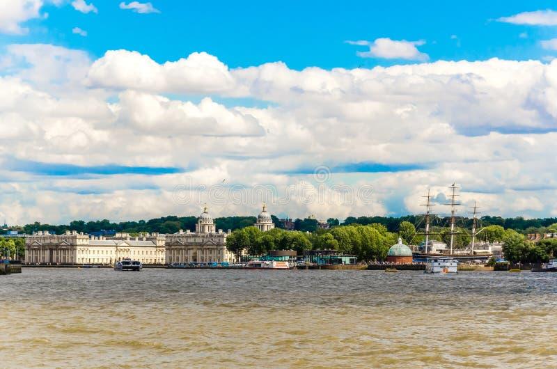La universidad de Greenwich y del viejo collage naval real del río Támesis, Londres foto de archivo