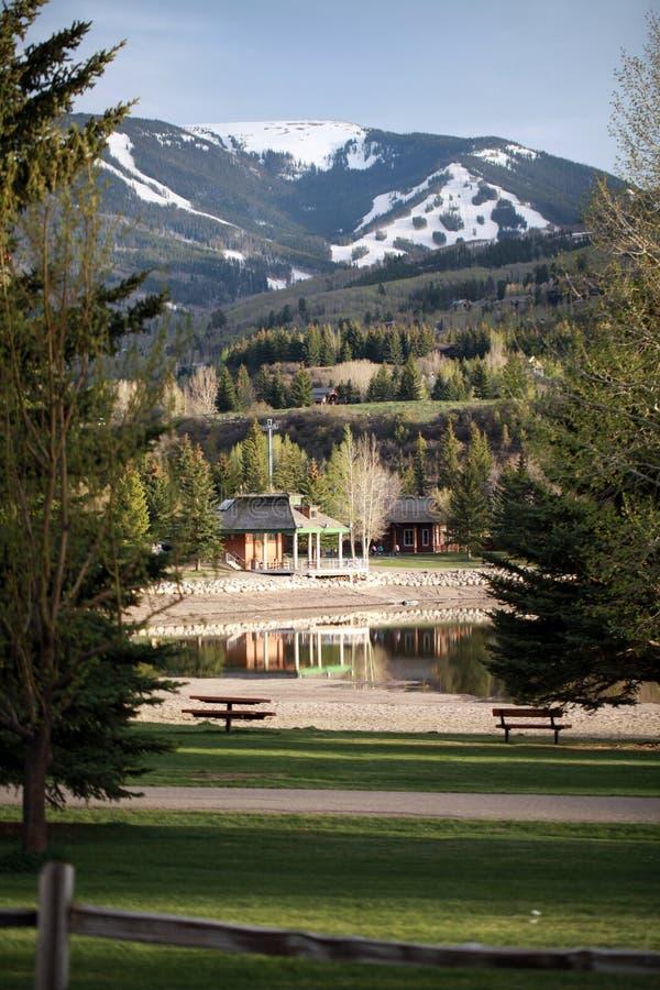 La vacanza di sogno nella montagna immagine stock libera da diritti