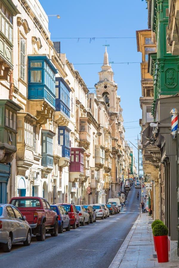 La Valeta, Malta - 5 de mayo de 2016: De las calles y de los callejones imagen de archivo