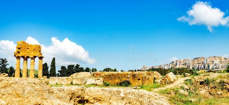 La vallée d'Agrigente des temples, Sicile Italie image libre de droits