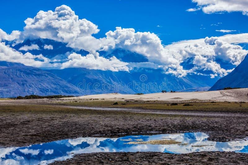 La vallée de Nubra, Ladakh, Inde photos stock