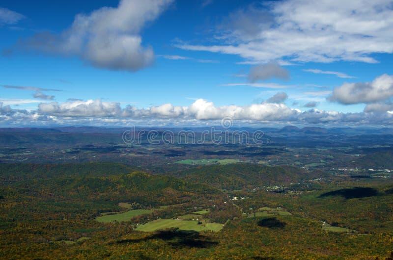 La vallée de Shenandoah de Ridge Parkway bleu photographie stock