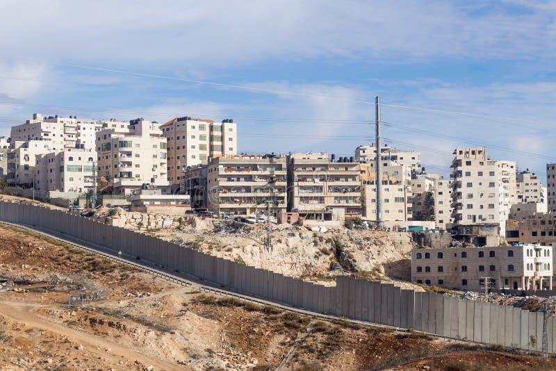 La valla de seguridad israelí que separa Israel de Cisjordania de Jordania - de Judea y de Samaria foto de archivo libre de regalías