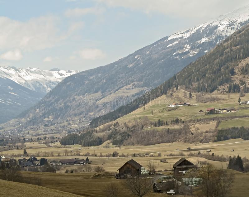 La valle della MUR vicino a Gruben in Austria fotografie stock