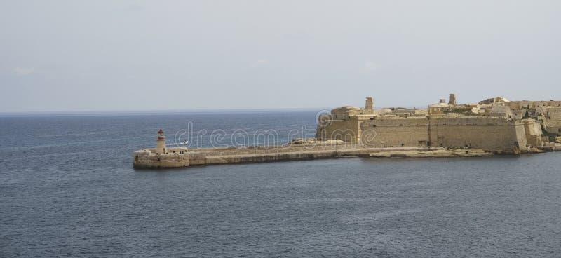 La-Valletta-Leuchtturm und das Fort lizenzfreies stockbild