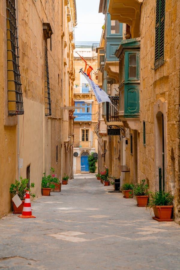 La Valletta, Malta - le case tradizionali fotografie stock libere da diritti