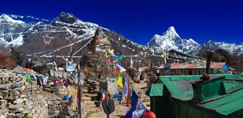 La van Mong van de bergpas stock afbeeldingen