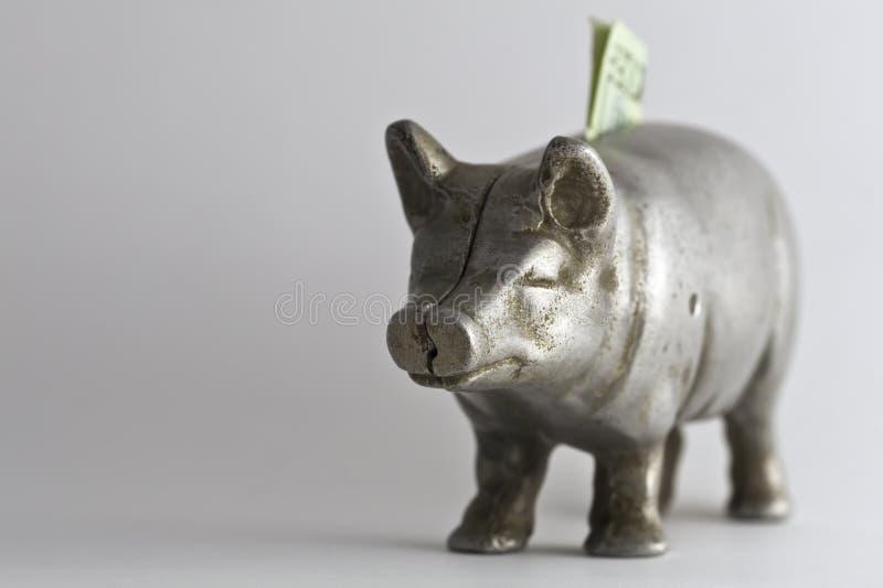 La vecchia Banca Piggy con 20 immagini stock libere da diritti