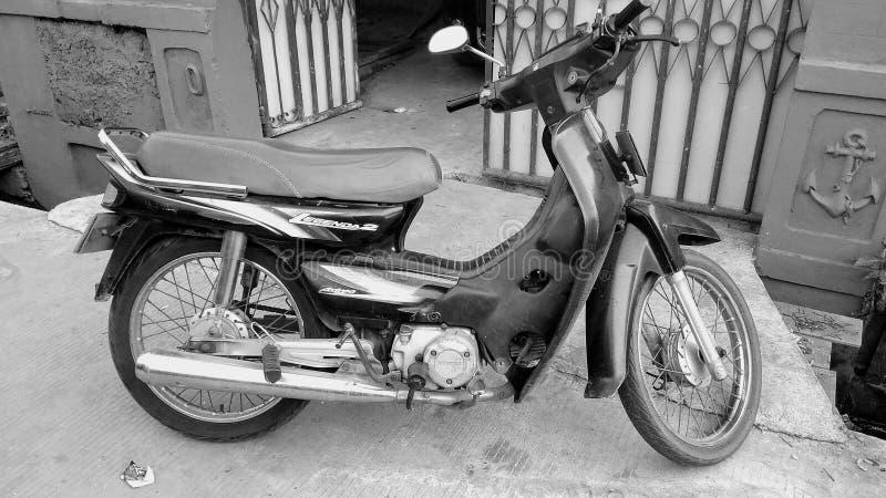 La vecchia bici fotografia stock libera da diritti
