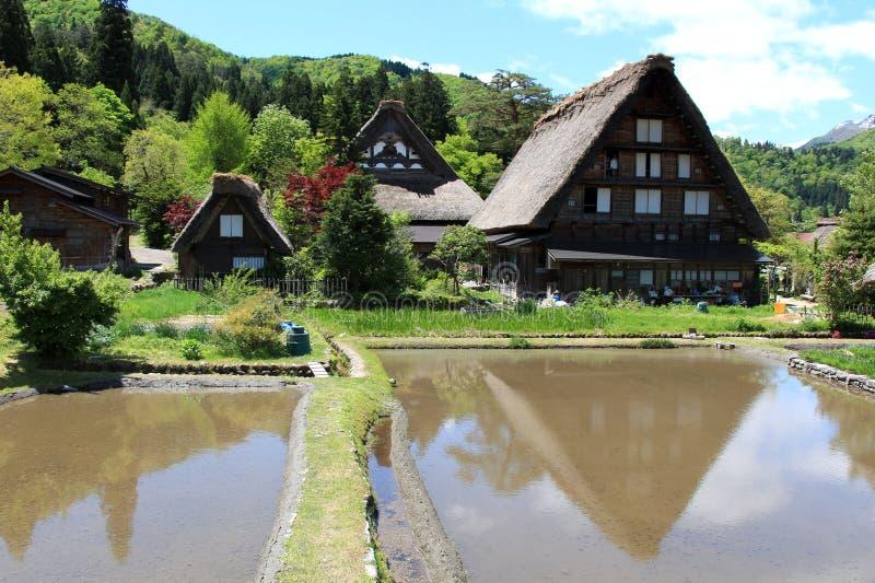 La vecchia Camera dentro Shirakawa-va villaggio fotografie stock libere da diritti