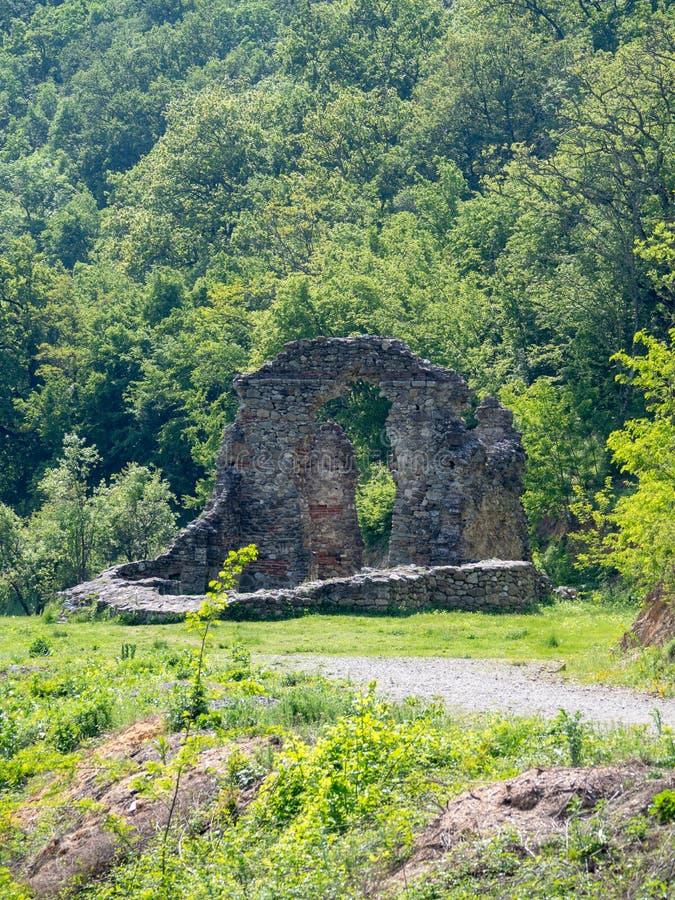 La vecchia chiesa al monastero di Vodita, Romania fotografia stock