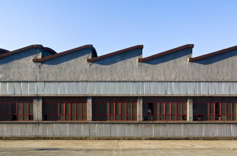 La vecchia fabbrica fotografia stock libera da diritti
