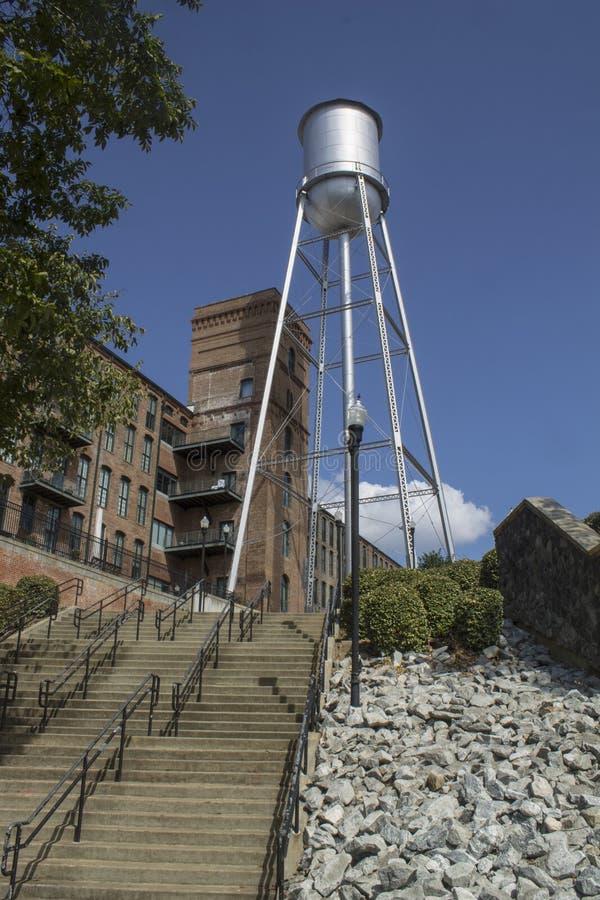 La vecchia torre di acqua di Columbus Georgia fotografie stock