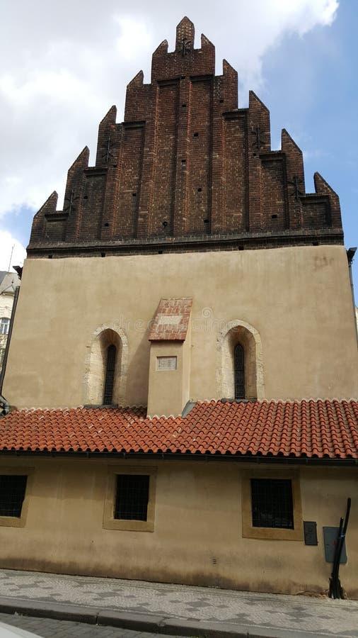 La Vecchio-nuova sinagoga ebrea, Praga fotografie stock