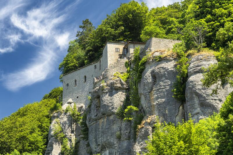 La Verna, μεσαιωνικό μοναστήρι στην επαρχία Αρέτσο στοκ εικόνες