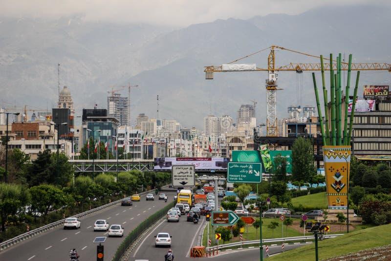 La vida de la capital iraní Teherán imagen de archivo libre de regalías