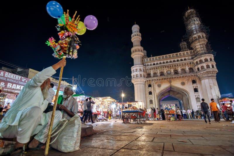 La vida entra encendido en Hyderabad imágenes de archivo libres de regalías