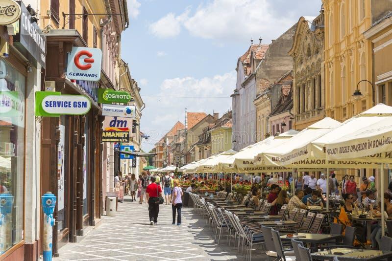 La vie de ville, Brasov, Roumanie image stock