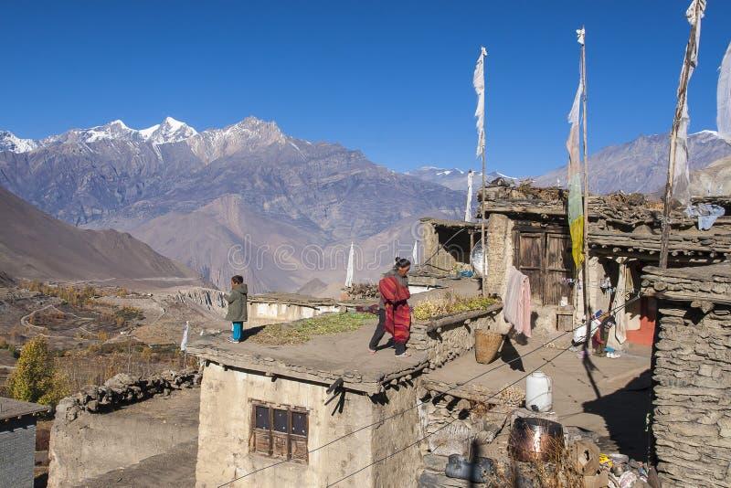 La vie quotidienne des villageois Jharkot images libres de droits